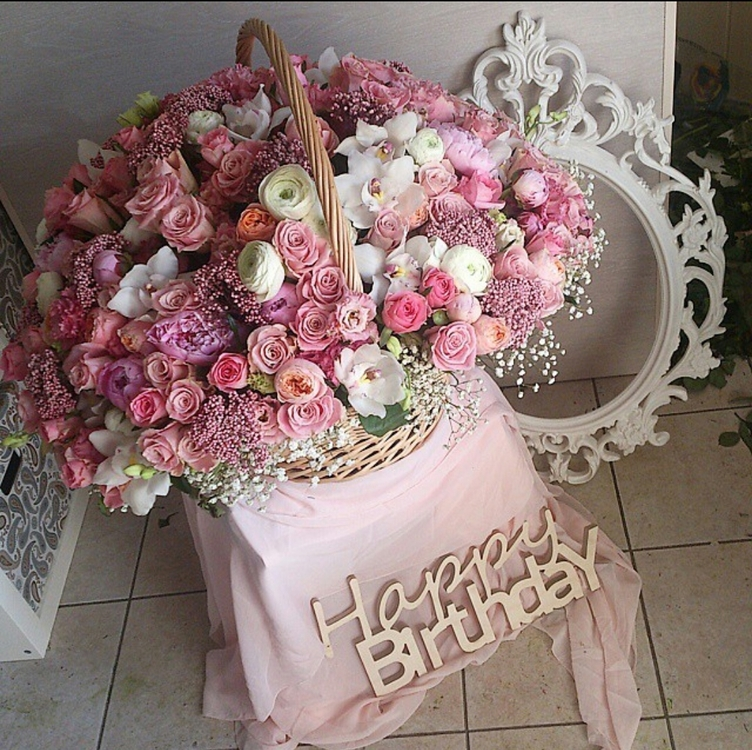 Фото с красивыми цветами на день рождения